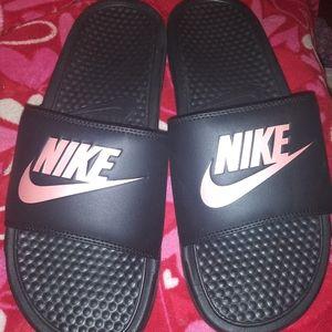 Nike womans slides